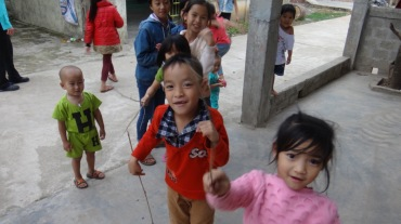 Vietnam 7 Phong Nha Mar 29-Apr 1 2016 - Kids - 5