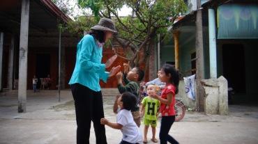 Vietnam 7 Phong Nha Mar 29-Apr 1 2016 - Kids - 7
