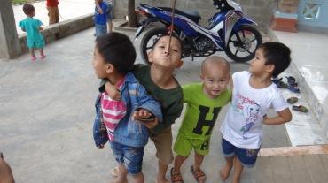 Vietnam 7 Phong Nha Mar 29-Apr 1 2016 - Kids - 9