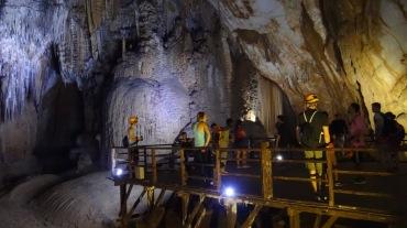 Vietnam 7 Phong Nha Mar 29-Apr 1 2016 - Paradise Cave - 10